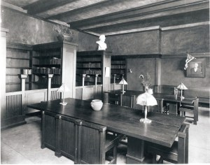Lawrence Library circa 1906